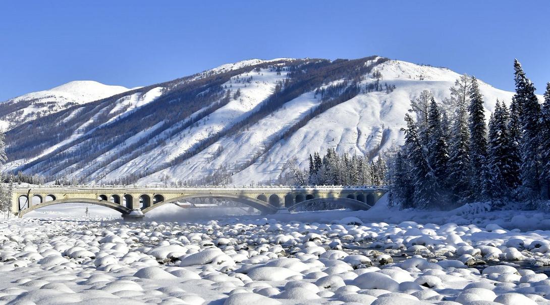 【一起出发·官方出品】新疆冬季旅游 喀纳斯禾木将军山滑雪双卧5日游